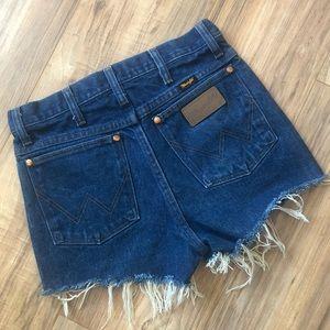 💖Super Cute Retro Wrangler Frayed Cut Off Shorts